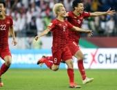 8 anh hào vào tứ kết Asian Cup: Việt Nam sánh vai 'ông trùm' châu Á