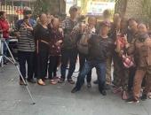 http://xahoi.com.vn/hanh-dong-cuoi-dua-chup-anh-phan-cam-trong-dam-tang-nghe-si-anh-vu-328290.html