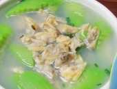 http://xahoi.com.vn/4-mon-ngon-va-tot-cho-suc-khoe-trong-nhung-ngay-he-nang-nongt-335230.html