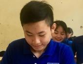 https://xahoi.com.vn/khoanh-khac-sinh-tu-lao-vao-dong-lu-xiet-cuu-nguoi-cua-nam-sinh-nghe-an-343074.html