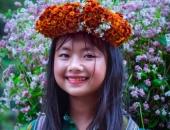 https://xahoi.com.vn/sau-co-gai-ban-le-dan-mang-tiep-tuc-phat-sot-truoc-em-be-ban-hoa-mang-ve-dep-la-o-ha-giang-344644.html