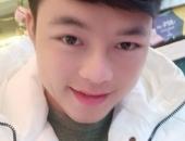 https://xahoi.com.vn/chong-co-dau-62-tuoi-lo-dien-mao-moi-sau-qua-trinh-trung-tu-nhan-sac-347034.html