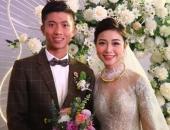 https://xahoi.com.vn/vo-phan-van-duc-khoe-mat-con-tiet-lo-giam-10-kg-sau-ket-hon-349427.html