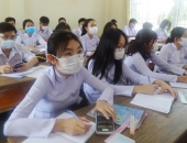 https://xahoi.com.vn/tinh-dau-tien-cho-hoc-sinh-tro-lai-truong-sau-cach-ly-xa-hoi-353319.html