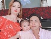 https://xahoi.com.vn/khanh-thi-hiem-hoi-khoe-anh-me-chong-dai-gia-con-kheo-lay-long-dung-chuan-con-dau-ngoan-hien-355422.html