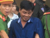 https://xahoi.com.vn/dai-ca-giang-ho-tan-mop-va-dong-bon-linh-an-nguoi-nha-gay-nao-loan-tai-san-toa-355835.html