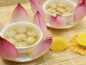 https://xahoi.com.vn/tranh-thu-dang-mua-nhan-nau-ngay-nhung-mon-hap-dan-tu-loai-qua-ngon-ngot-nay-359131.html