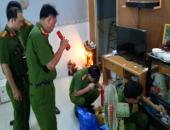 https://xahoi.com.vn/truy-na-dac-biet-muoi-tuong-va-dong-bon-van-chuyen-51kg-vang-qua-bien-gioi-365211.html