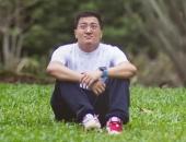 https://xahoi.com.vn/bi-kich-cua-rich-kid-phai-thua-ke-hang-ty-usd-o-tuoi-23-ngay-ngay-song-trong-nhung-lua-nhung-chi-biet-tho-dai-uoc-gi-nha-minh-khong-giau-375984.html