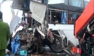 Xác định lỗi trong vụ va chạm giữa xe cứu hỏa với xe khách khiến một cảnh sát tử vong