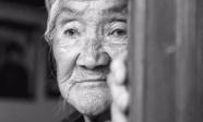 Lá thư tuyệt mệnh chua xót của mẹ già 80 tuổi: 'Tôi hối hận vì đẻ 4 đứa con trai'