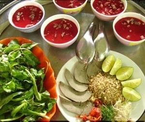 12 món ăn tử thần tại Việt Nam