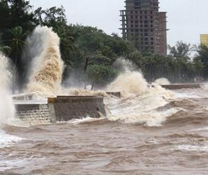 Tin thời tiết hôm nay (17.7): Bão số 2 đến nhanh, mạnh và bất ngờ, mưa như trút