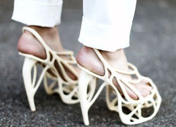 Những đôi giày khiến các tín đồ 'khóc thét'