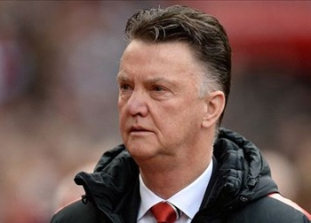HLV Van Gaal phủ nhận chuyện 'mắc bẫy' Mourinho