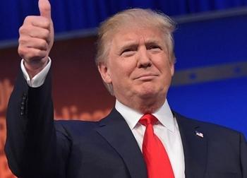 Gần một nửa người dân Mỹ vẫn không tin tưởng ông Trump