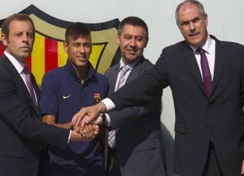 Trốn thuế, Neymar chuẩn bị lĩnh án tù như Messi