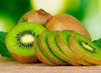Cậu bé 10 tuổi cấp cứu sau khi ăn kiwi, cha mẹ chú ý những quả trẻ dễ dị ứng