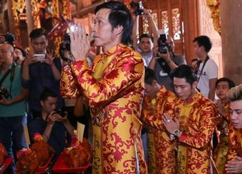 Hé lộ chuyện chưa biết việc Hoài Linh bỏ tiền túi xây nhà thờ Tổ 100 tỷ
