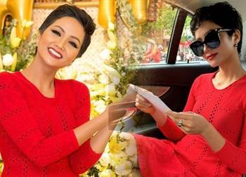 Là Hoa hậu đẹp nhất thế giới, nhưng H'Hen Niê lại không có đồ mới để diện mấy ngày Tết
