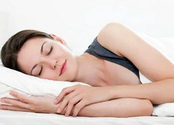 Ngủ vào khung giờ vàng này, phụ nữ trẻ lâu, sống thọ, khỏe mạnh không ai bằng