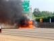 Hình ảnh máy bay Mỹ đâm thẳng xuống cao tốc, 4 người chết