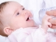 Tác hại 'ngã ngửa' khi cho trẻ uống nước lọc ngày nóng