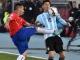 """Messi """"ăn đủ"""" vì đối thủ bỏ bóng đánh người"""