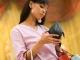 Vợ vét sạch ví chồng - có nên không?
