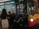 Tin nóng trưa 24/2: Chục sinh viên đẩy buýt Hà Nội chết máy