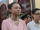 Mẹ hoa hậu Phương Nga cho biết con gái mắc bệnh viêm phổi, sức khỏe ngày càng xuống dốc