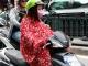 Mưa rét dưới 20 độ C, dân Thủ đô khoác chăn ra đường