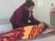 Bé 2 tuổi tử vong nghi do sặc cháo tại nhà giữ trẻ 'chui'