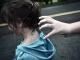 Sàm sỡ nữ sinh 13 tuổi trên đường đi học về, một thanh niên bị người dân vây bắt