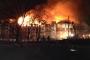 Chung cư cao tầng bốc cháy dữ dội, hàng trăm người sơ tán