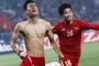 Khoảnh khắc đẹp nhất của bóng đá Việt Nam 2016
