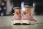 4 mẫu giày sneaker khiến bạn gái phải siêu lòng