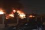 Hà Nội: Cháy ngùn ngụt tại gara ô tô sát chùa Ngòi