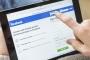 Vợ vào tài khoản Facebook chồng có thể bị phạt 50 triệu