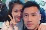 Lộ diện bạn gái cầu thủ Huy Hùng - người mở tỉ số cho Việt Nam hôm nay và câu chuyện tình 3 năm đẹp như mơ