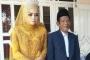 Hạ quyết tâm 'cưa đổ', cô gái 27 tuổi cưới được cụ ông hành nghề pháp sư 83 tuổi làm chồng