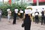 Hàng trăm phụ huynh kéo đến trường Việt Úc phản đối học phí