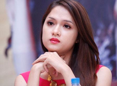 Hương Giang trong cuộc thi Vietnam Idol.