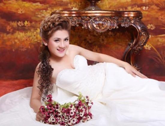 Lâm Chí Khanh hy vọng sẽ được tham dự cuộc thi Hoa hậu chuyển giới thế giới 2013.