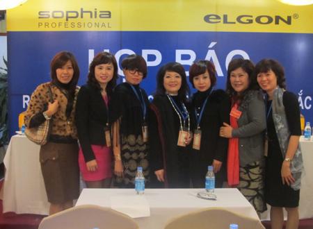 Liên hiệp các CLB ngành tóc miền Bắc ra mắt tại Hà Nội