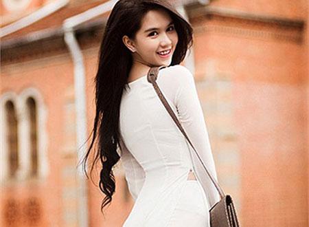 Ngắm Ngọc Trinh đẹp thướt tha trong tà áo dài Việt