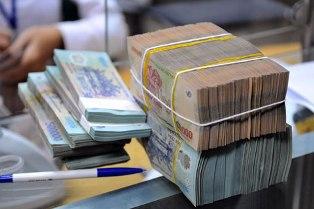 Giảm mạnh tỷ lệ dự trữ bắt buộc hàng loạt ngân hàng
