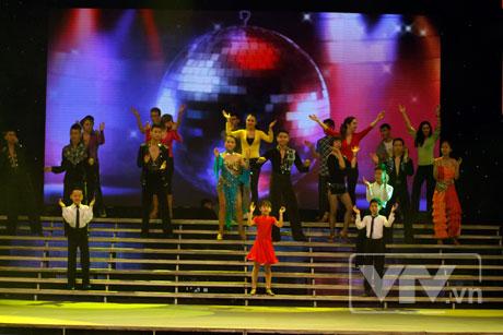 Bước Nhảy Hoàn Vũ 2012 Tuần 08