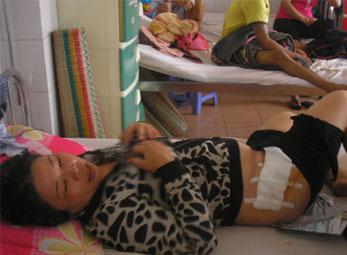 Gia Lai: Khởi tố vụ vợ Chủ tịch xã đánh người gây thương tích