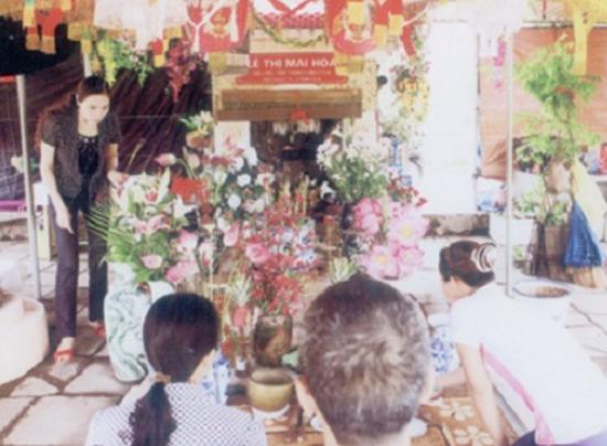 """Khu mộ """"Công chúa Mai Hoa"""" được người dân thờ cúng."""